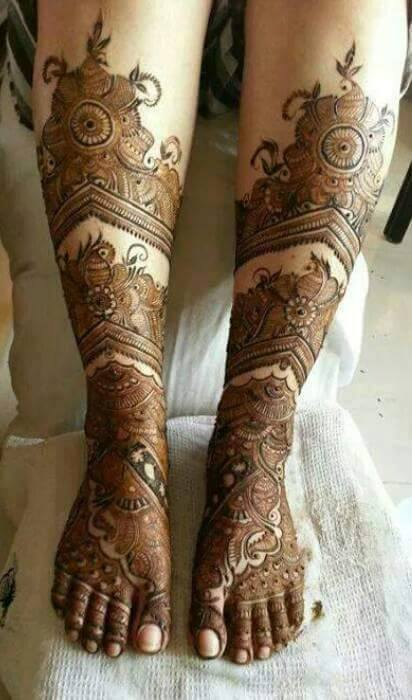 Bridal Mehandi Designs for Legs 1