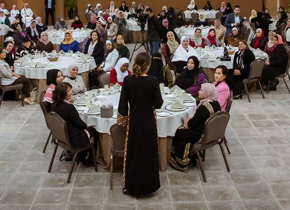 Queen Rania met with a group of local women in Aqaba Governorate