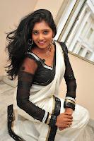HeyAndhra Nisha Sizzling Photos gallery HeyAndhra.com
