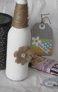 How to save money with recycled crafts