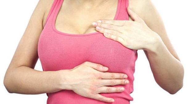 क्या है Breast Cancer के कारण और इसके लक्षण