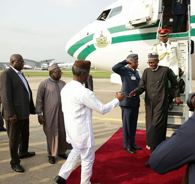 Home sweet home! Professor Osinbajo welcomes his boss, on his arrival!