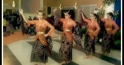 Tari Foti Lalendo Tarian Tradisional Dari Rote Ndao, NTT ...
