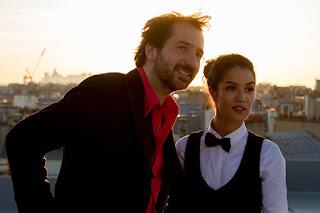 """Cena do filme """"Imprevistos de uma noite em Paris"""""""