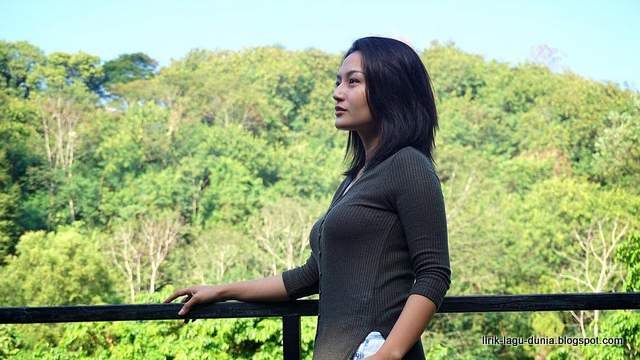 Lirik Lagu Siti Badriah - Mengapa Harus Kamu (OST Harapan Cinta Trans TV)
