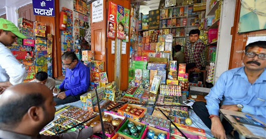 After ban on firecrackers - Supreme Court judges, environmentalists to stop using cars and vehicles