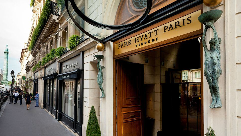 alexandra d foster destinations perfected paris france breakfast at the park hyatt paris. Black Bedroom Furniture Sets. Home Design Ideas