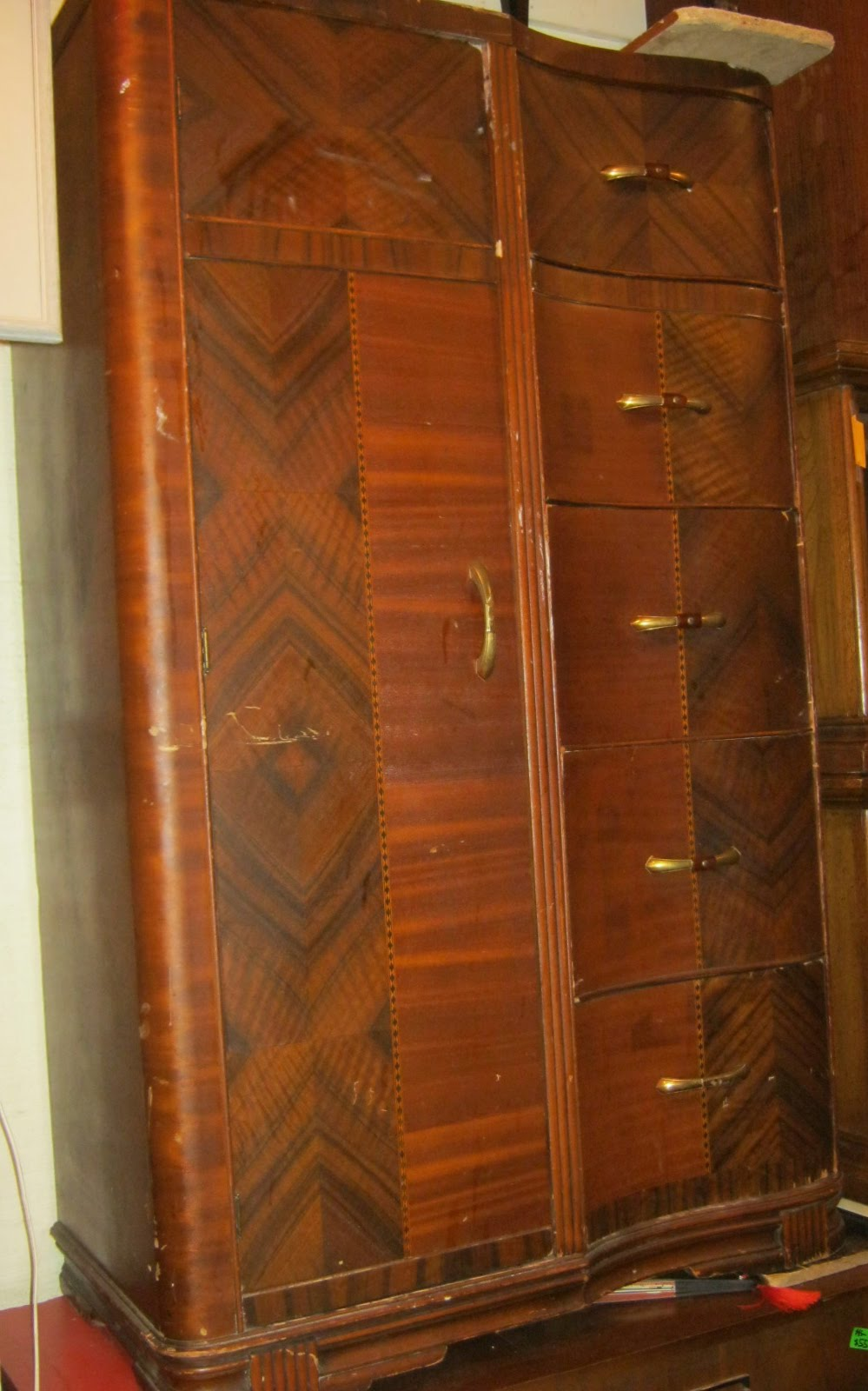 Uhuru Furniture Amp Collectibles Chiffarobe Sold