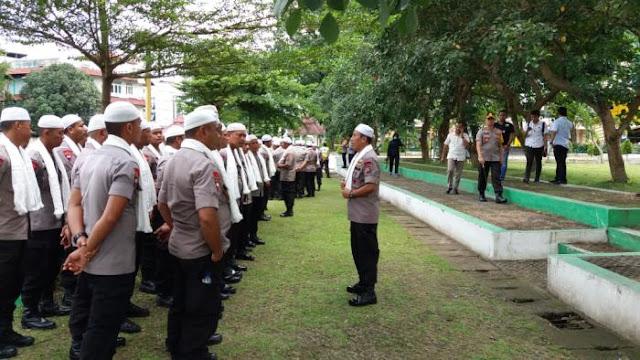 Kawal Demo, Polrestabes Medan Turunkan Personel Berpeci Putih