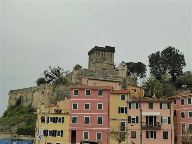 castello san terenzo