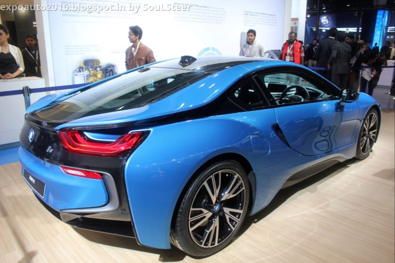 Auto Expo 2016 By SouLSteer Blue Plug In Hybrid Sports Car BMW I8 EDrive Displayed At