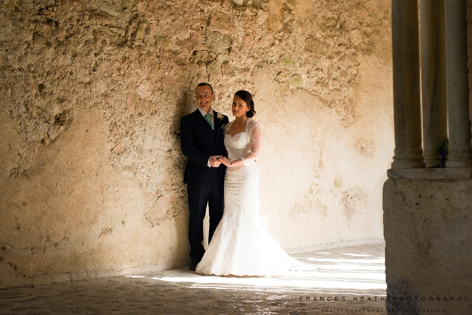 Bride and Groom in Villa Rufolo