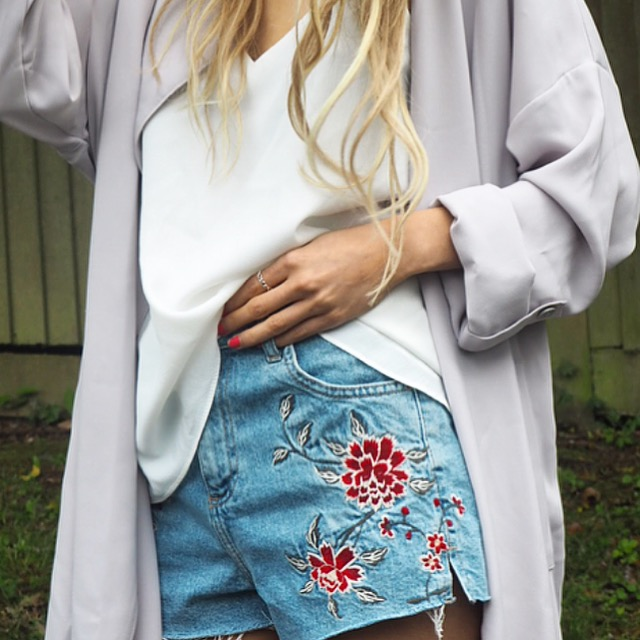 Embroidered Floral Shorts Topshop
