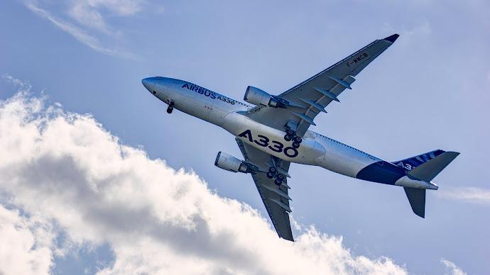 Wallpaper: Passenger Aircraft Airbus A330