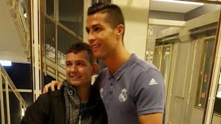 Cristiano Ronaldo and his fan