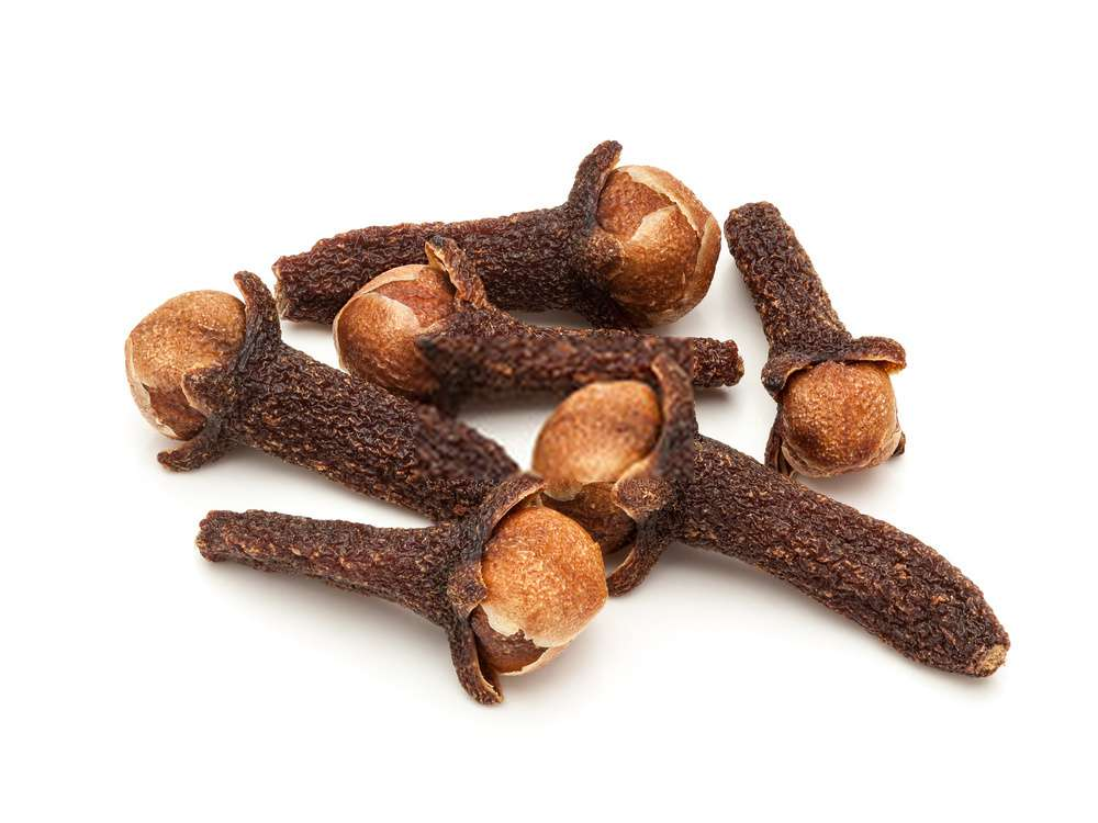 Cloves 50 Beauty Tips For Face Pimples Naturally Remove