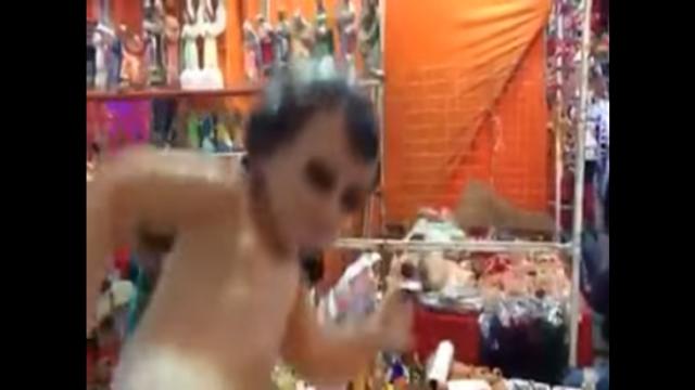 """Rumoran cárcel para puso el """"Pasito Perrón"""" al niño Dios"""