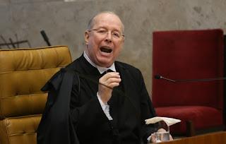 Celso de Mello vota para que homofobia seja enquadrada como crime de racismo