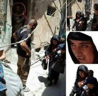 """داعشية """"تحمل طفلاً"""" وتفجر نفسها في الموصل القديمة"""