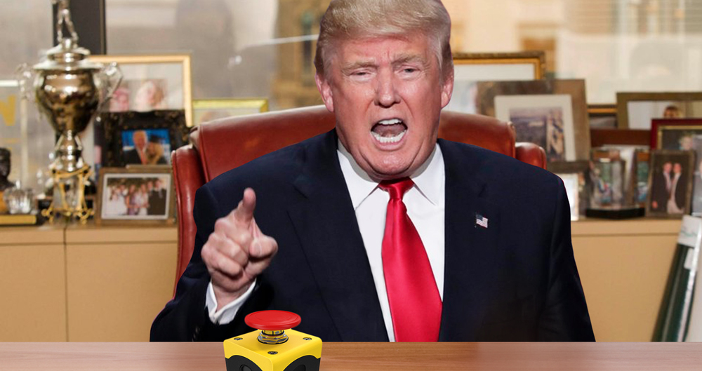 Report: Trump's Button Normal Size, Looks Bigger Next to Tiny Hands