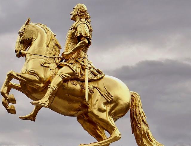 golden-rider-426544_960_720.jpg