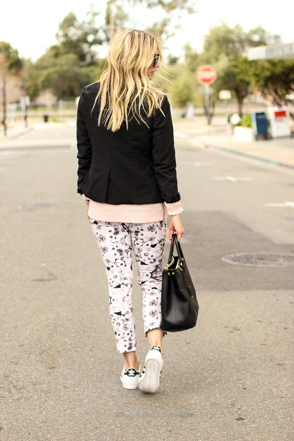 floral print cropped skinny pants