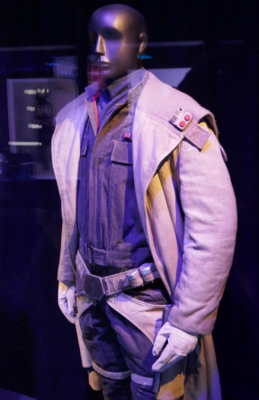 Tobias Beckett costume Solo Star Wars