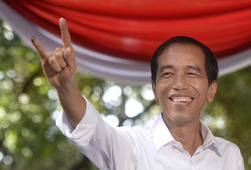Jokowi Tidak Tahu Kenaikan STNK dan BPKB, Tarif surat kendaraan naik, harga surat stnk dan bpkn naik, urus surat kendaraan naik tiga kali lipat
