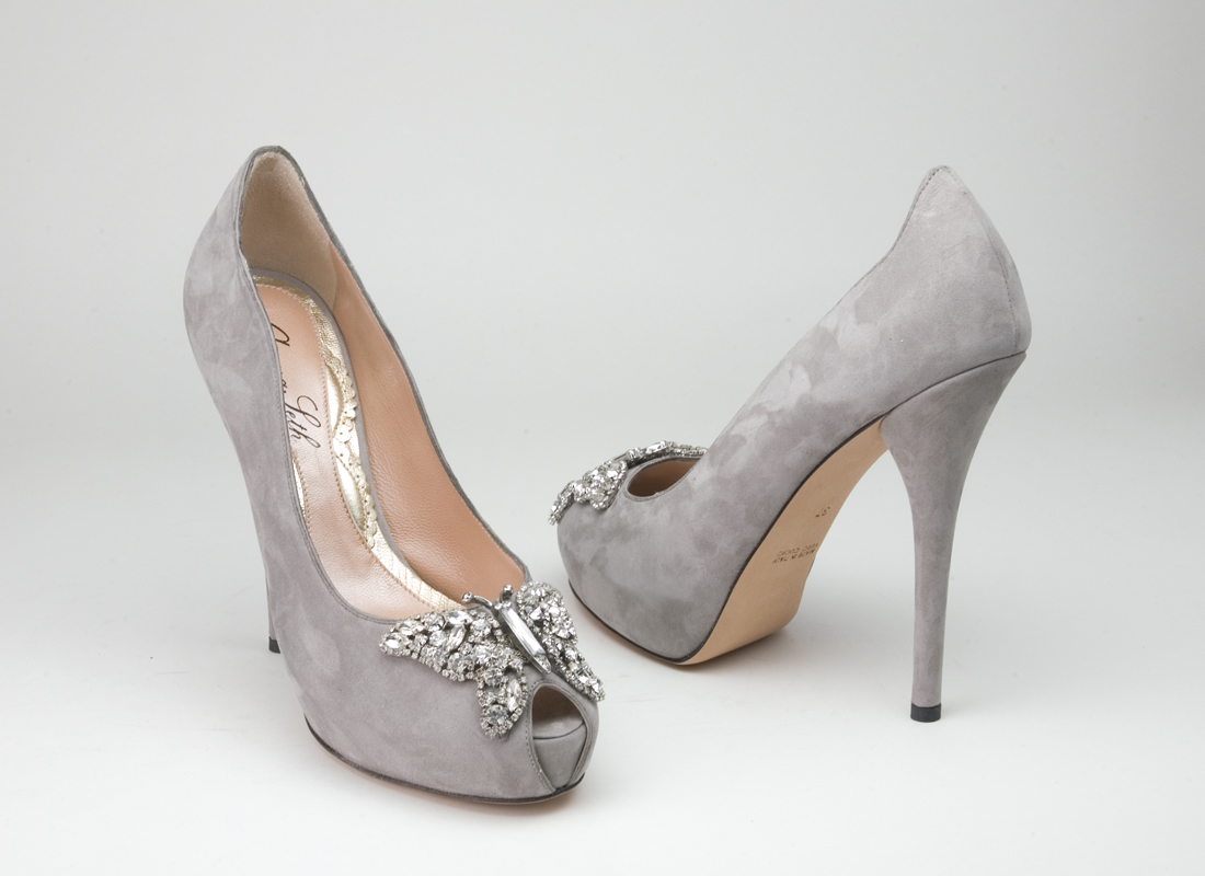 A Wedding Addict: Exotic Grey Wedding Shoes