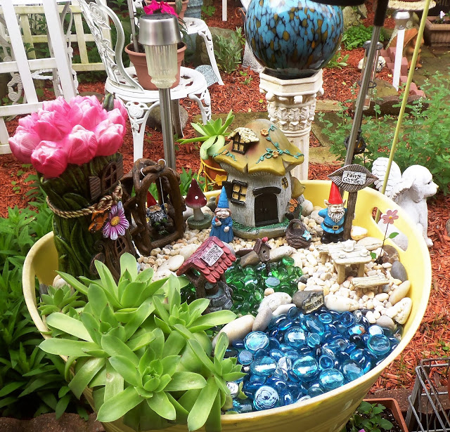 Gnome Fairy Garden in a Beverage Tub