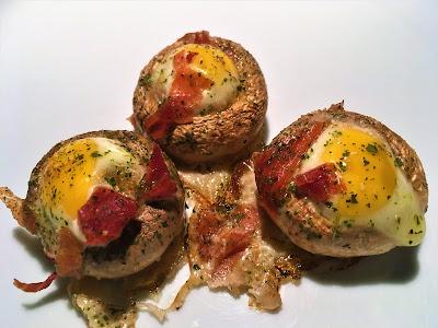 Champiñones rellenos con huevos de codorniz - el gastrónomo - ÁlvaroGP SEO - Receta