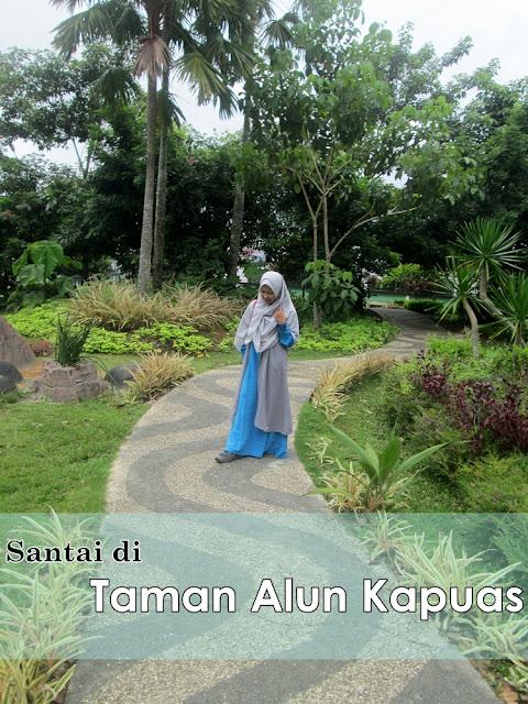 Wisata Sungai Kapuas di Taman Alun Kapuas Pontianak
