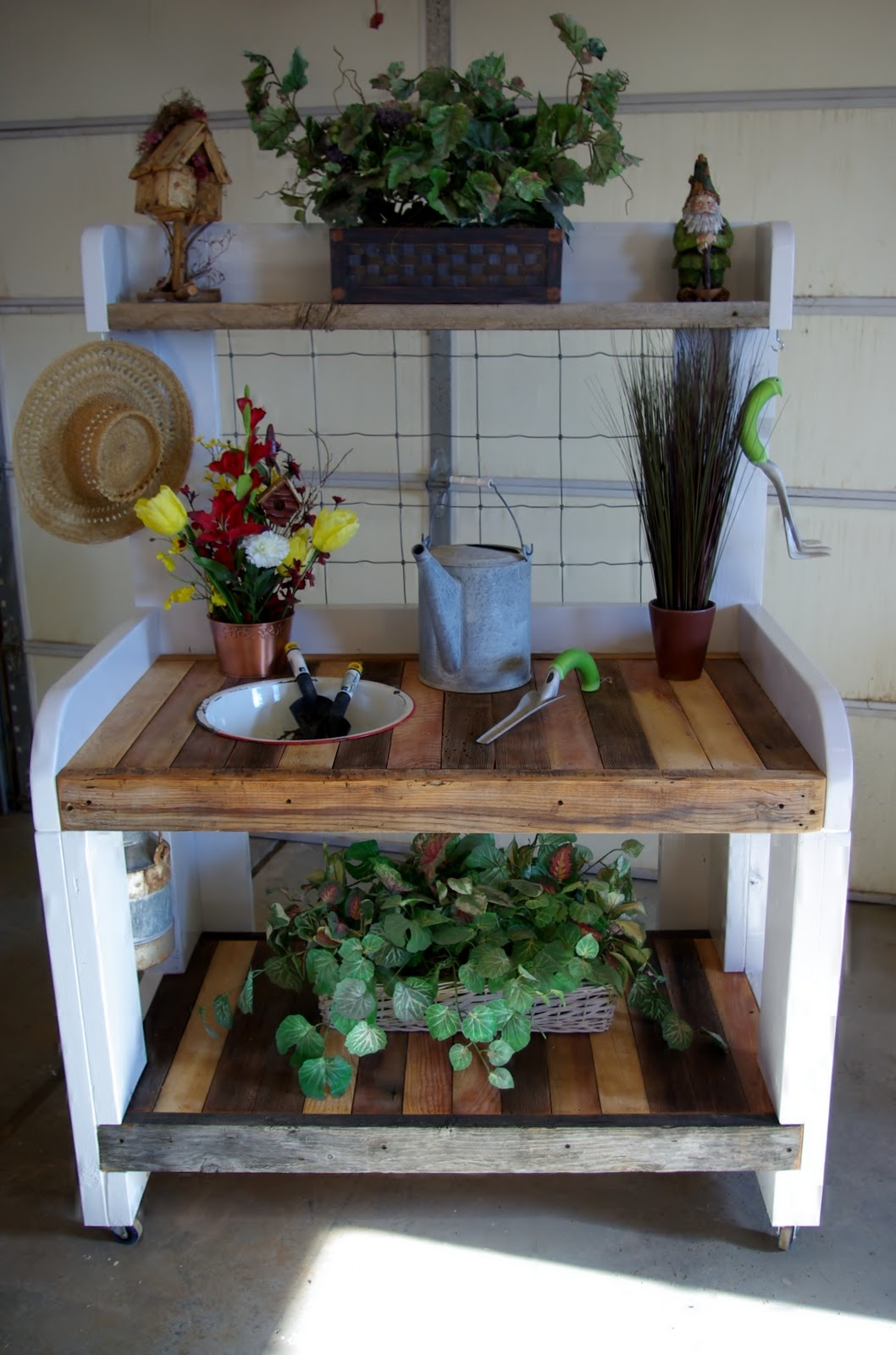 Reclaimed Rustics Rustic Potting Bench