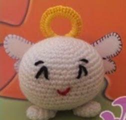 http://artesaniasborboleta.blogspot.com.es/2014/09/diy-amigurumi-angel-bola-con-patron.html