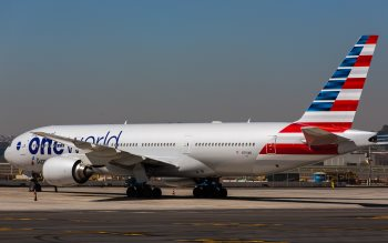 Wallpaper: Boeing 777 & Boeing 747-8