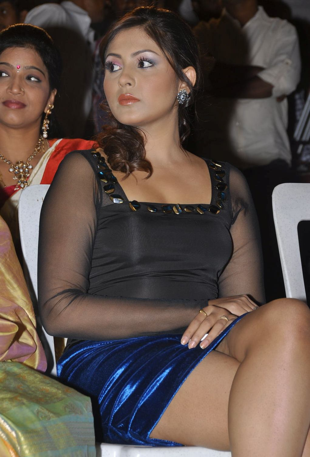 Madhu Shalini Spicy Photos-3945