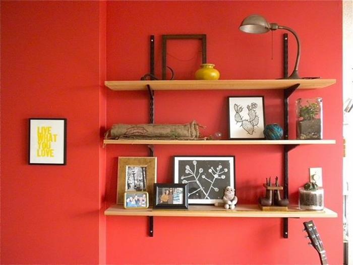 kırmızı oturma odası duvar örnekleri