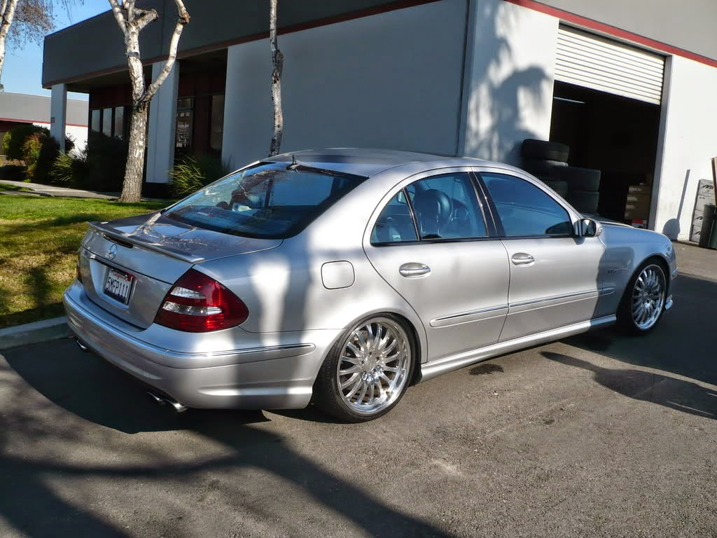 mercedes e55 amg w211 on r19 carlsson wheels benztuning. Black Bedroom Furniture Sets. Home Design Ideas