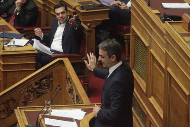 Βουλή: «Προδομένοι και προδότες να μαλώνουνε…»