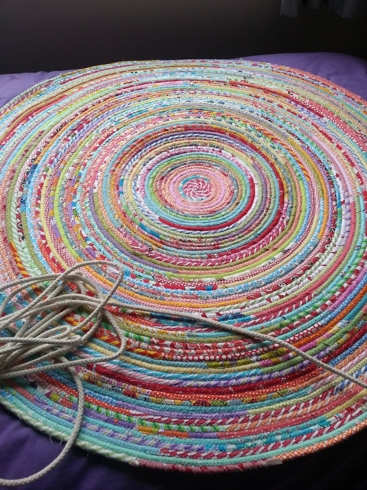 Alfombras Foam Ric-rac: How To Sew A Fabric Rug : Tutorial
