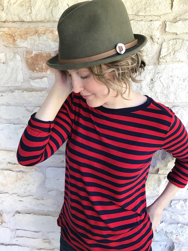 jamie slye hat, austin blogger, fashion blogger, style blog, real mom style, capsule wardrobe, fall capsule wardrobe,swedish hasbeens, swedish hasbeens clogs, wood clogs, fall outfit, mom style, fall hat