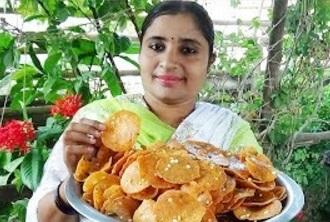 Village Foods -Crispy Chekkalu Evening Snack Recipe   South Indian Cooking Chekkalu   Garelu Recipe