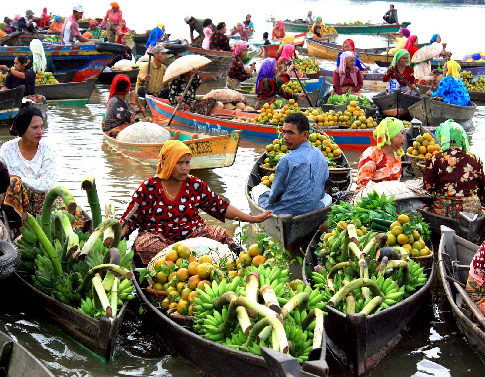 Live In Balikpapan Pasar Terapung Kalimantan Selatan
