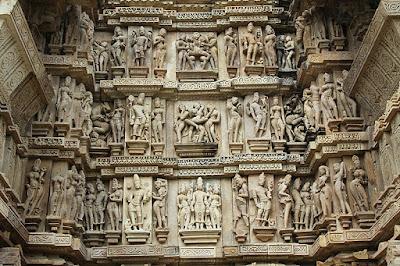 8. खजुराहो का मंदिर (Khajuraho Temples)