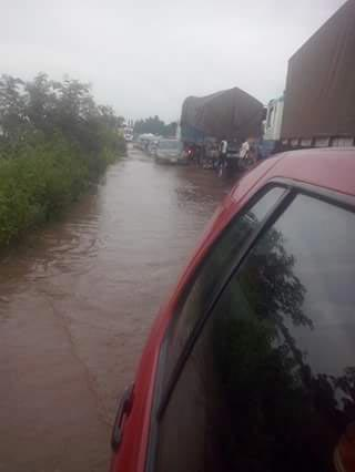 Photos: See the state of Markurdi Road this morning