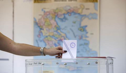 Σενάρια για νέα αλλαγή του εκλογικού νόμου και άμεσα απλή αναλογική