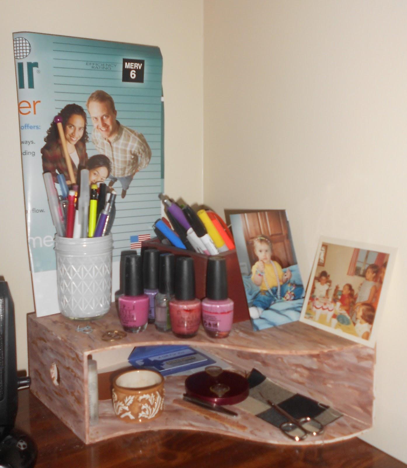 akawest: Ikea KNUFF Magazine Holder Shelf
