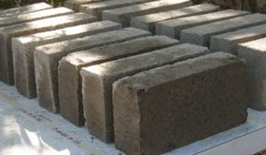 Soil block stabilized with lime