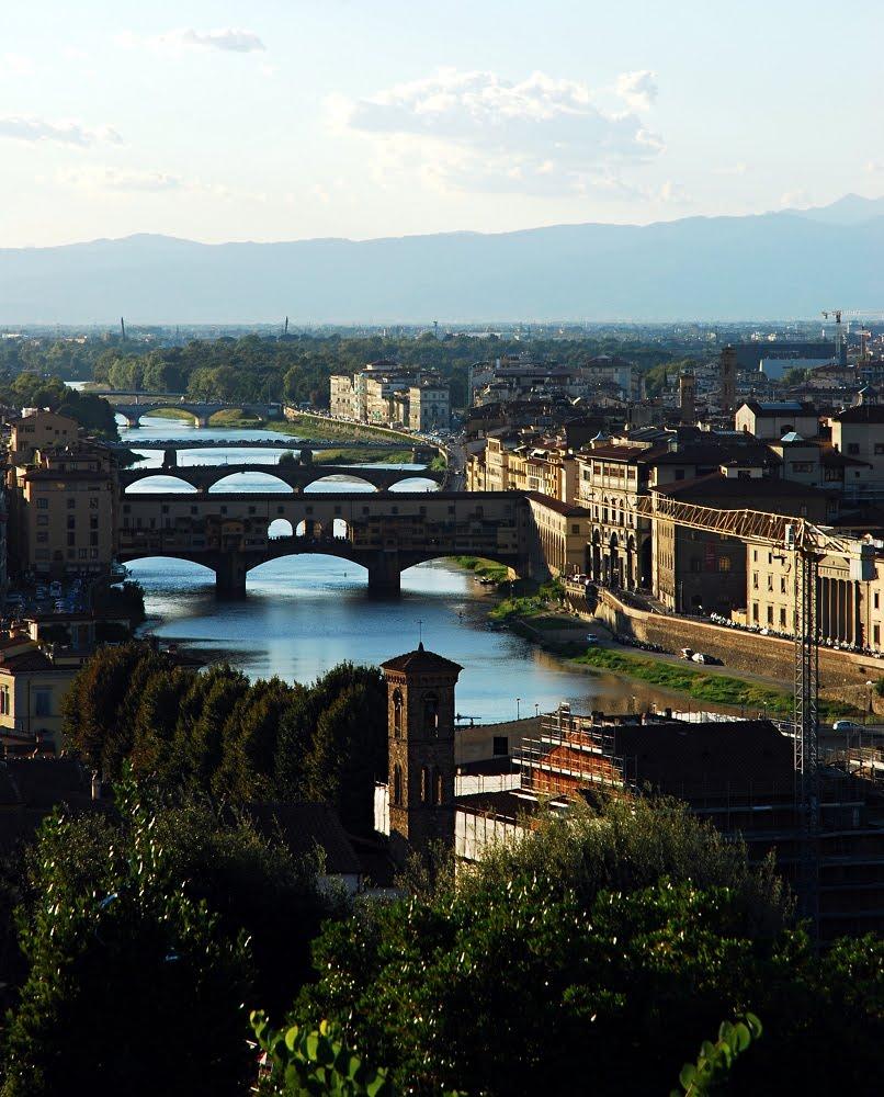 Italian Florence: Alaninsingapore: Florence: Ponte Vecchio, River Arno