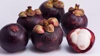 fruit around the world, strange fruit, strange fruit around the world, crazy fruit, crazy fruit around the world, MANGOSTEEN